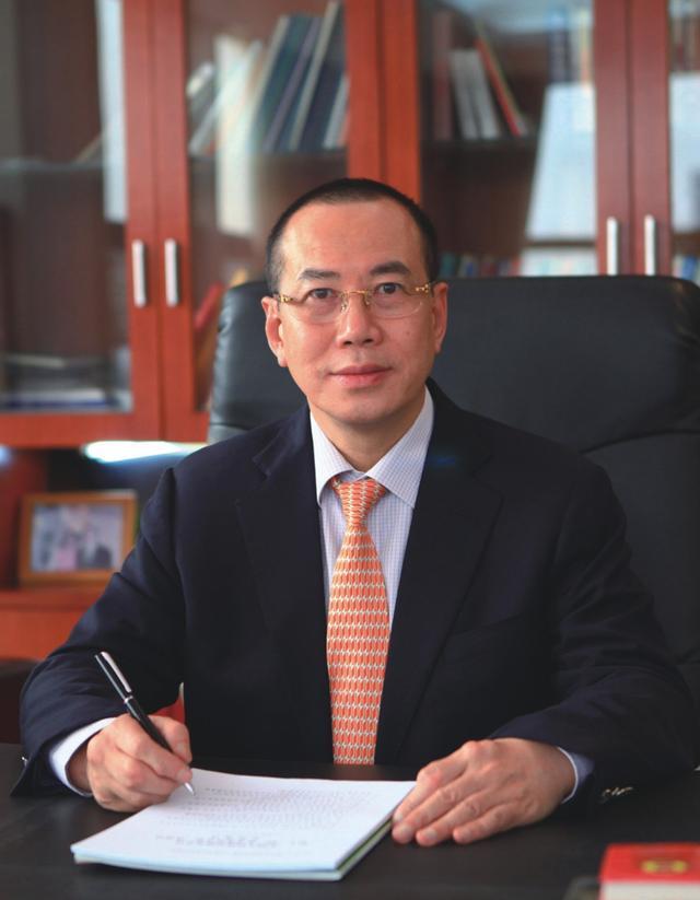 魏海鹰,香港寰宇投资集团公司总裁,中山市金日铝业有限公司董事长