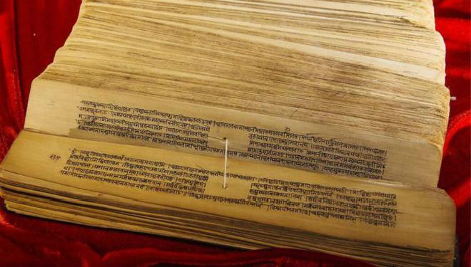 """梵藏佛典千余册""""落户""""上海 最老经文已逾千年"""