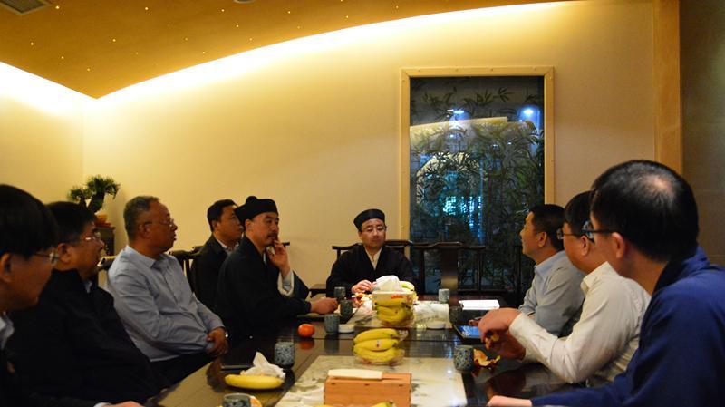 中国道教协会副会长张诚达一行赴上海参访交流