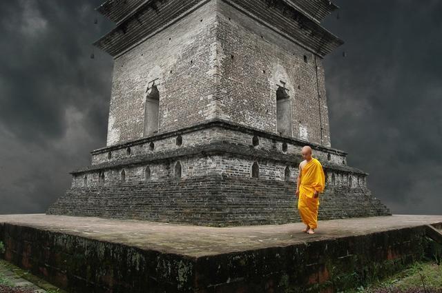 现今时代佛教徒获得成就的无上捷径!