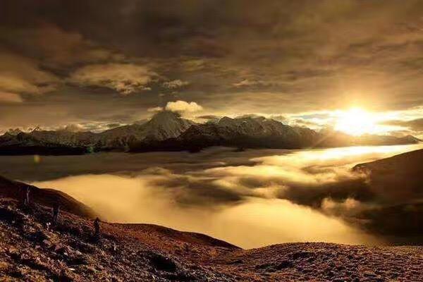用生命为西藏换来佛法——智光国王与阿底峡尊者的事迹