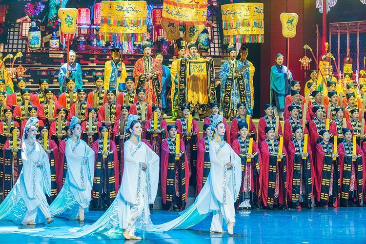 """""""世界和 同欢聚""""中国南宗道教2017迎春祈福慈善晚会顺利举行"""