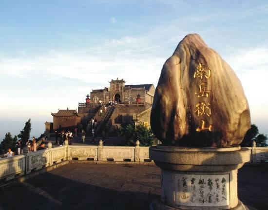 从前有座山 山上有座庙:人人心里都有一座山与庙