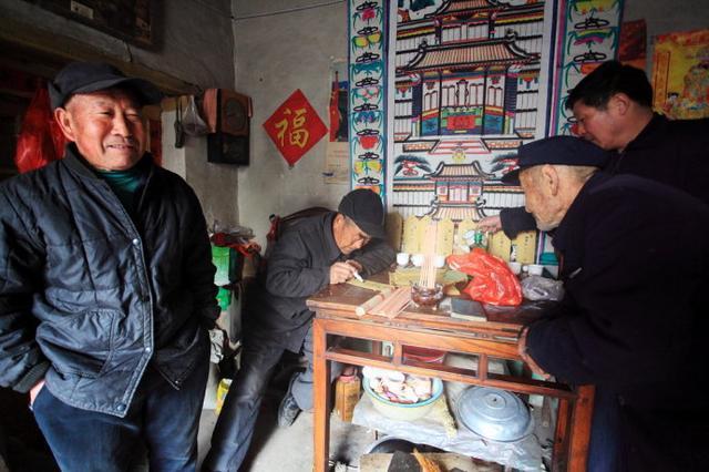 山东春节习俗:过年祭祖是大事图片