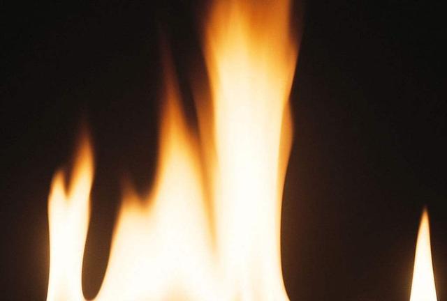 【异闻故事汇】巫蛊引来离奇祸事,一场烈火烧尽了什么?