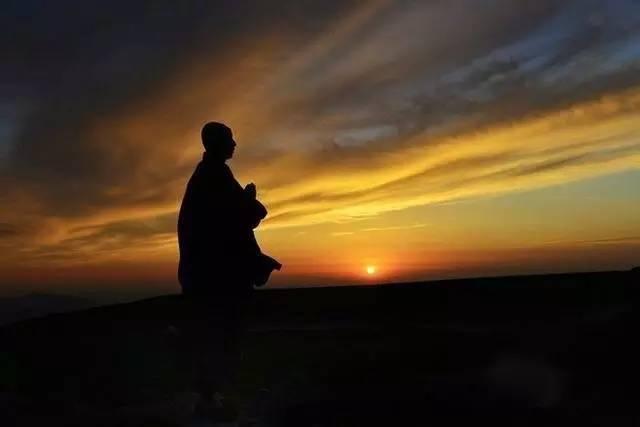 """""""放下""""是什么意思?如何理解佛教说的放下?"""