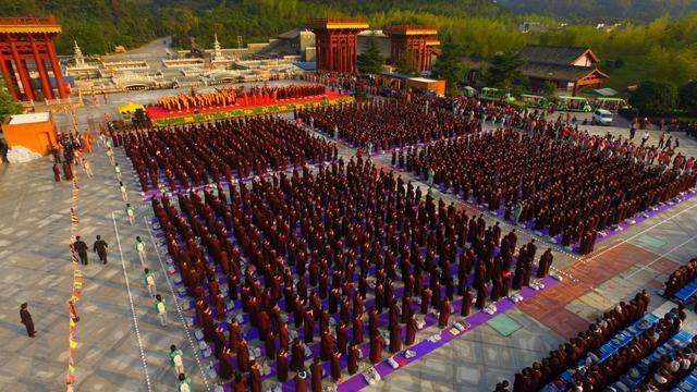 九华山上禅堂 举行第三届千人诵经祈福法会