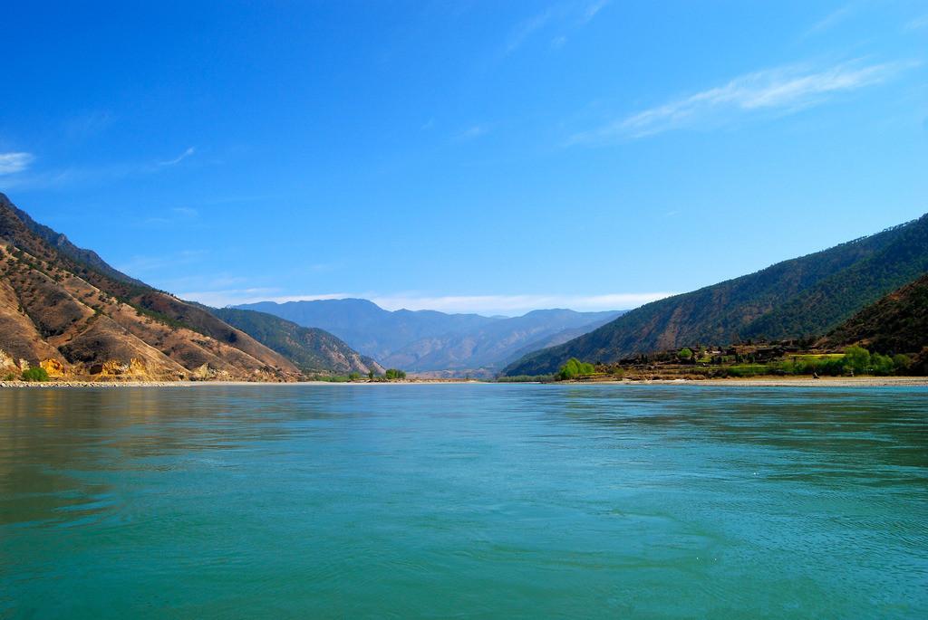 君子为什么见到大江大水必定要观去观赏呢?