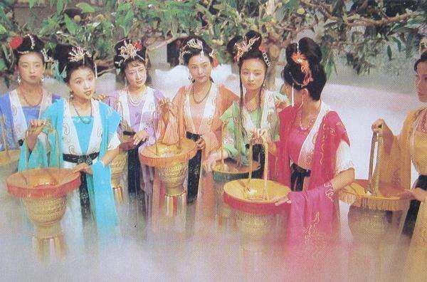 仙女下凡:中国式的奇幻故事