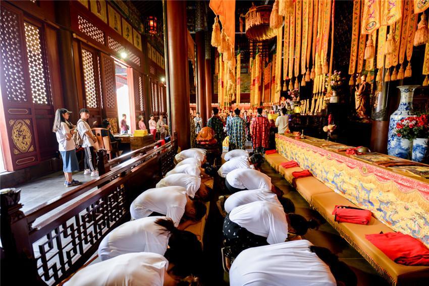 """明圣宫举行""""庆祝中国道协成立60周年法会"""""""