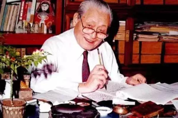 赵朴初谈中国佛教的过去和现在