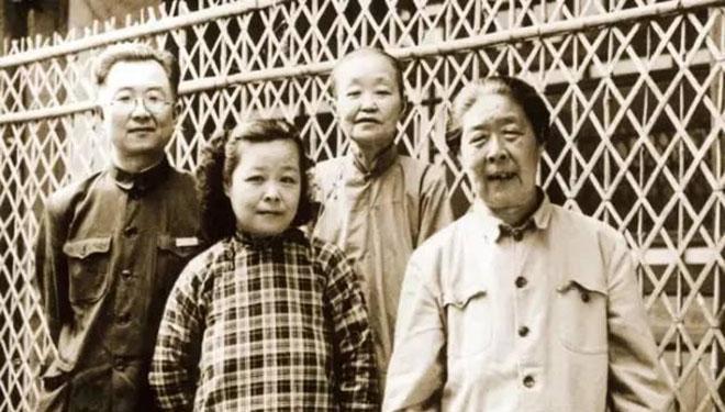 启功与姐姐:43年相守 30年相思