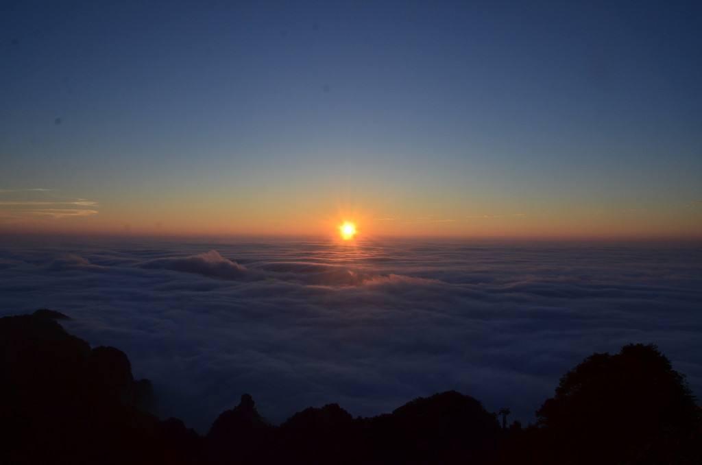 日出而作,日落而息:古人的作息时间与养生