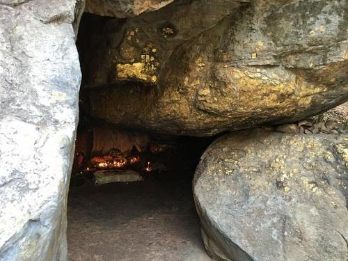 不可思议的洞穴 成就了世界上最伟大的圣人