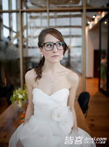 近视眼个性拍出绝美婚纱照图片短头发新娘头像女生a个性图片