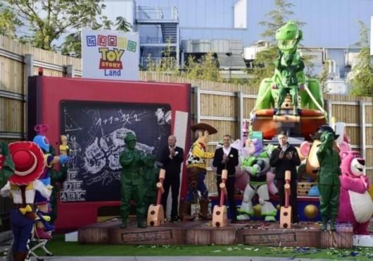 """上海迪士尼乐园""""玩具总动园""""园区将于2018年开幕"""
