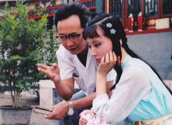 《中国电视剧60年大系·人物卷》出版 众星谈心路历程