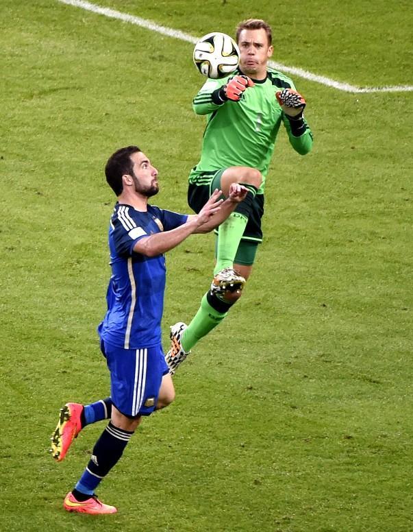 攻势足球势不可挡 单纯控球难取胜