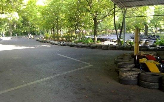 走进上海共青森林公园卡丁车场