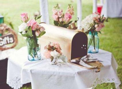 造型各异的婚礼卡盒 4款卡盒让签到台更有型