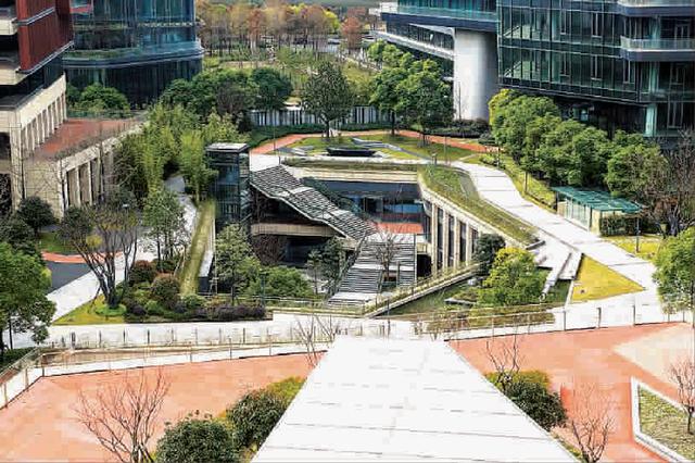 全国首个 虹桥商务区获绿色生态城区三星级运行标识