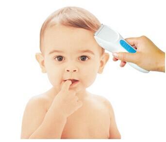 如何让宝宝拥有健康头发图片