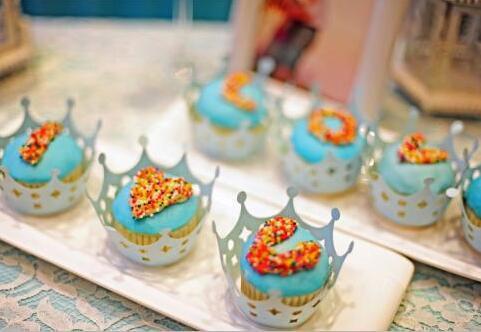 婚礼甜品区有哪些主题 如何布置婚礼甜品区