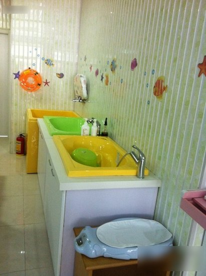 亲子嬉水乐园:上海各区宝宝游泳馆汇总