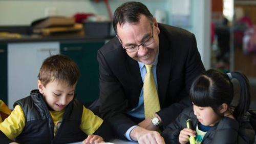 新西兰政府拨款移民学生英语课程 华人移民受惠