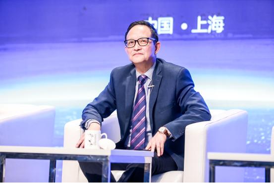 """""""智慧陪伴 静待花开""""2017首届家庭教育公益论坛举行"""