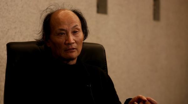新概念作文复赛举行 作家金宇澄首次参加阅卷
