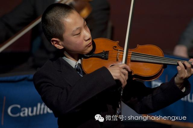 上海男生在澳洲破学科纪录 八年级挑战高考成单科状元