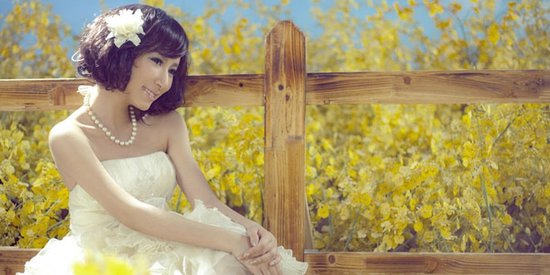婚纱礼服与饰品的搭配技巧分清主次