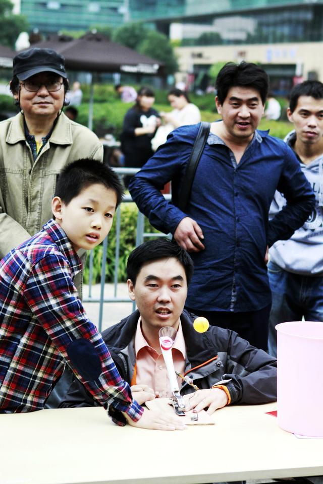 摄影:少年日报谈乐达