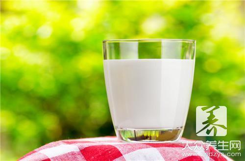 7种食物专治口臭 一吃就见效!