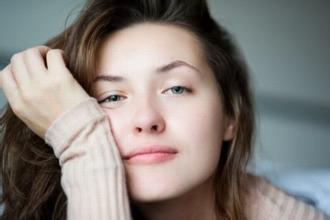 月经有黑色血块 是妇科病吗?