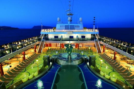 一趟旅程尽享全球美味 邮轮餐饮指南