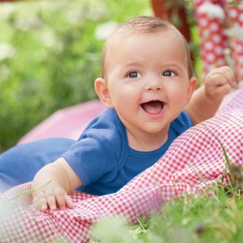 婴儿连体衣有哪些特点?