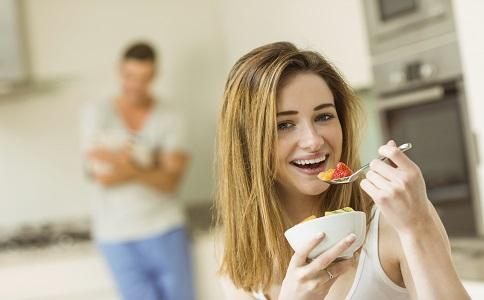 过午不食减肥法适合你有没有照片软件一键瘦身人物图片