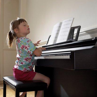 学才艺几岁合适?把握培养孩子才艺的最佳年龄