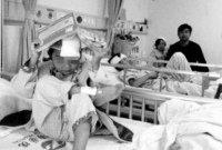伤势最重学生转至普通病房 受惊学生不敢返校