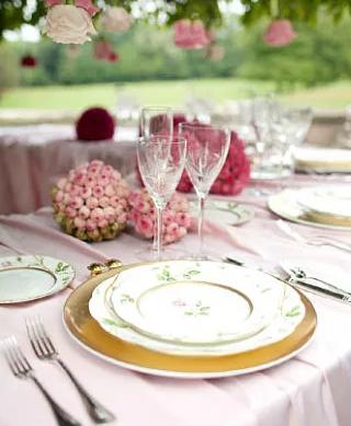 夏季清新户外婚礼 让人觉得舒服而向往