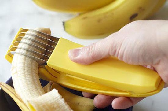 香蕉皮煮水喝_早上无精打彩:早餐后午饭前,吃少量香蕉可保持血糖水平.