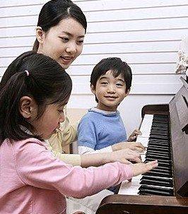 学钢琴最好不小于5岁 孩子学钢琴前必知三件事