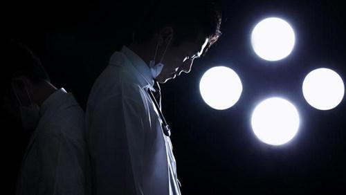 医生抑郁自杀引关注 医务工作者心理健康亟待更重视