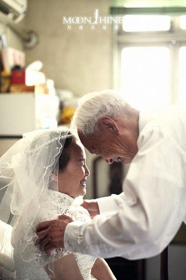 特别策划之平凡的生活 不平凡的钻石婚之爱