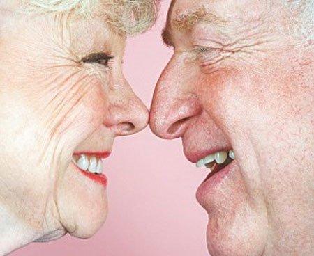 老年人口腔保健_老年人如何进行口腔保健