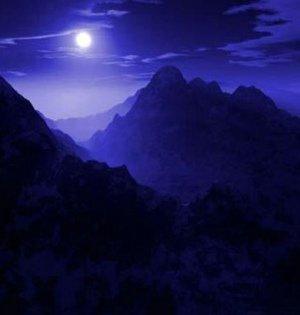 庐山明月如镜 让人欲乘风而去
