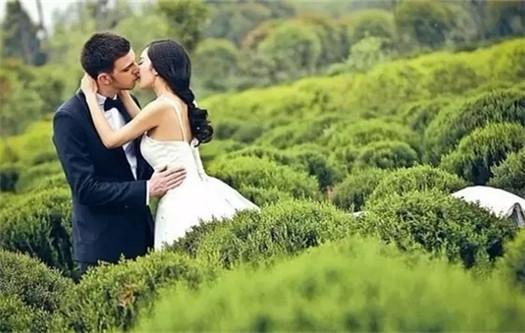 外国友人的中国式婚纱照