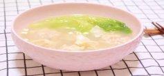 如何做出一碗粤港式鲜虾云吞面?